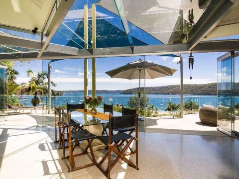 Barrenjoey Road - The Glass House